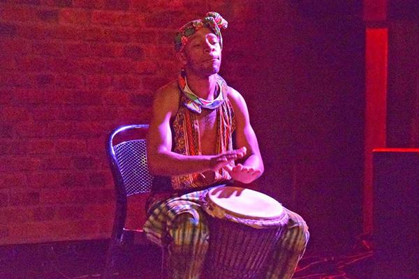African-Dinner-&-Drumming-Experience_gal1